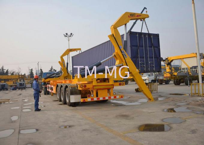 Xcmg 20ft Truck Mounted Crane Container Side Lifter With Max 37 Tons Load Capacity
