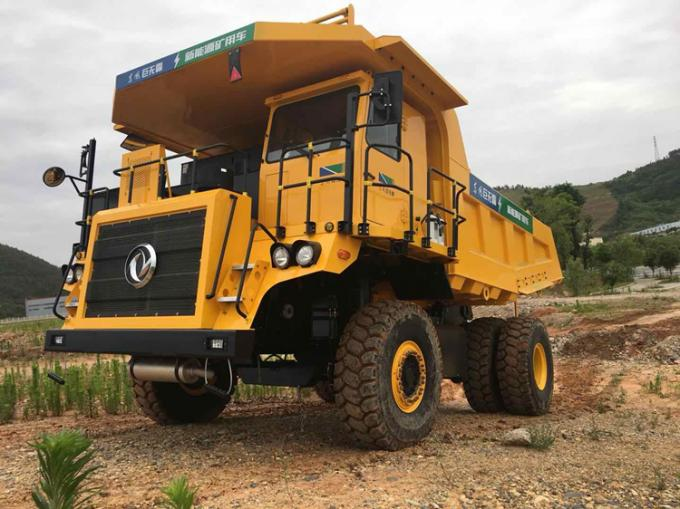 Mining Articulated Dump Truck 45 Ton 6 - 8L Engine Capacity 8450*5100*4100mm