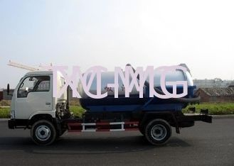 China Self-Flow Emission Special Purpose Vehicles , Septic Pump Truck For Transporting Feces & Sludge & Screes supplier