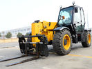China XC6-3507 Mini 3.5 Ton Telescopic Telehandler Forklift Earthmoving Machinery  Used to Handle Loose Materials factory