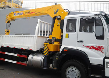 China 10 Ton Telescopic Boom Truck Mounted Crane,  With 13.5m Max Lifting height For Construction factory