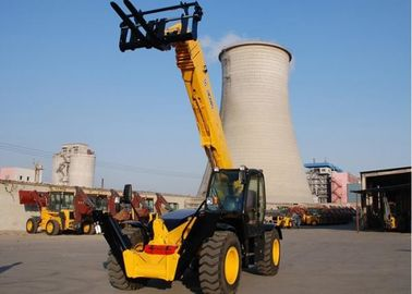 High Efficiency XC6-3007 Rent Telescopic Telehandler Forklift , Small Telescopic Forklift Extended Boom
