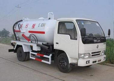 6.5L Energy Saving Special Purpose Vehicles , Suction Truck For Noncorrosive Mucus Liquid
