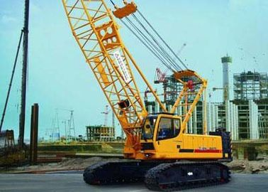 Hy draulic crawler crane  with Durable 40 ton Jib 11t Crawler Crane QUY100 With Max. Swing Speed 1.4 r/min