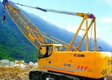 Durable Slewing Lattice Boom Hydraulic Crawler Crane QUY180 Luffing Jib 50t