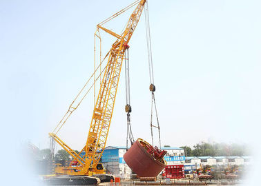China Durable XCMG Mobile crawler crane rental Hydraulic lift XGC300 factory