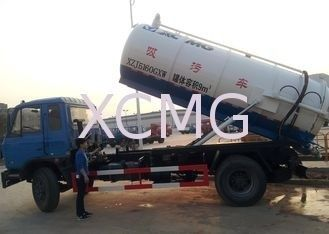 6.5L Special Purpose Vehicles , Septic Pump Truck For Noncorrosive Mucus Liquid Without Alkalis